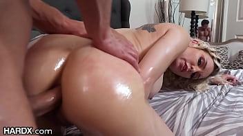 Videos de sexo amador comendo a secretaria loira gostosa